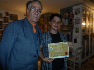 Don Aníbal Vallejo Jurado Ensayo y Diego Londoño ganador.